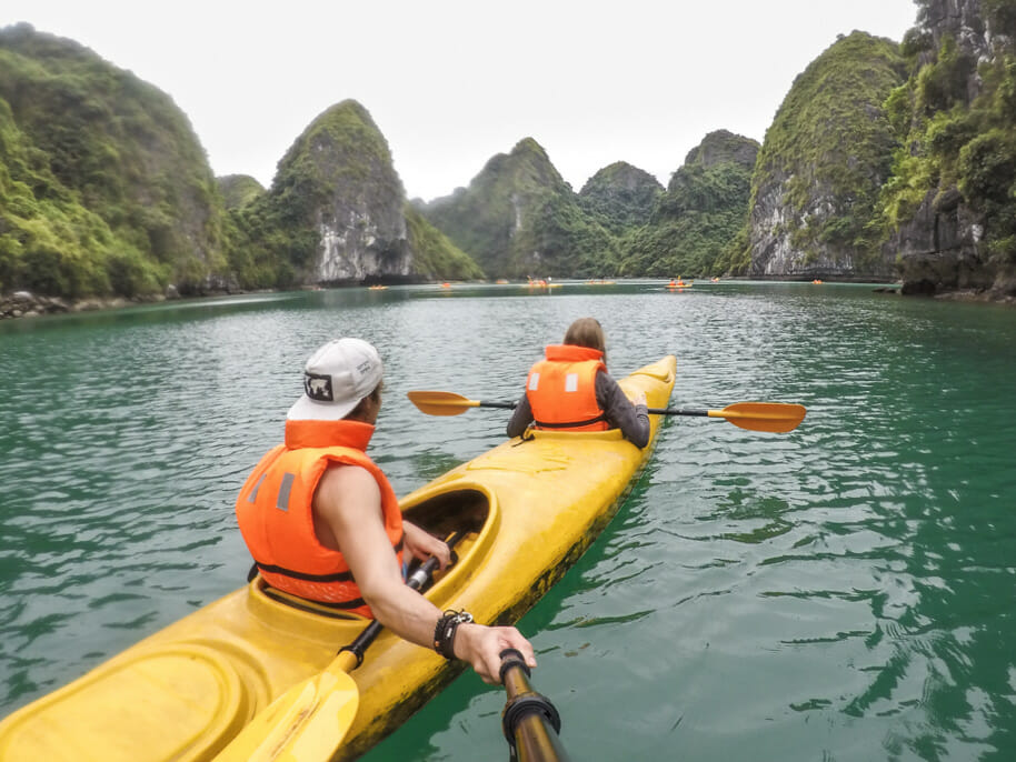 itineraire vietnam baie halong kayak