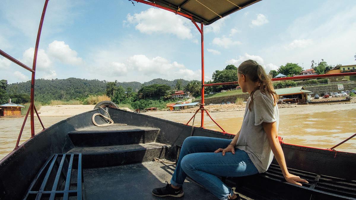 pirogue taman negara malaisie